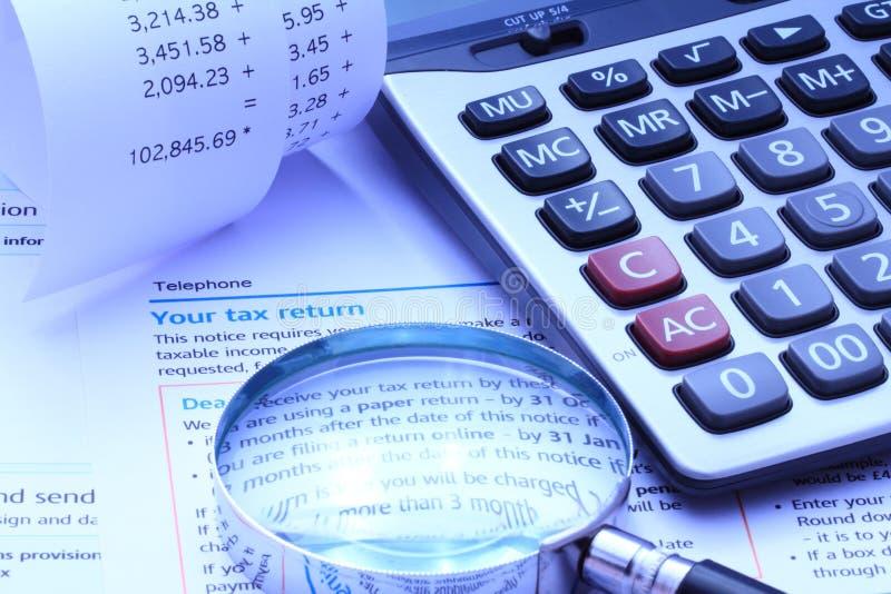 Φόρος μόνος υπολογισμός Assesment και λογιστικής στοκ εικόνες με δικαίωμα ελεύθερης χρήσης