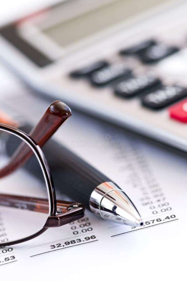 φόρος πεννών γυαλιών υπολ& στοκ φωτογραφίες