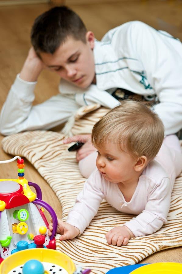 φύλαξη μωρού στοκ φωτογραφίες με δικαίωμα ελεύθερης χρήσης