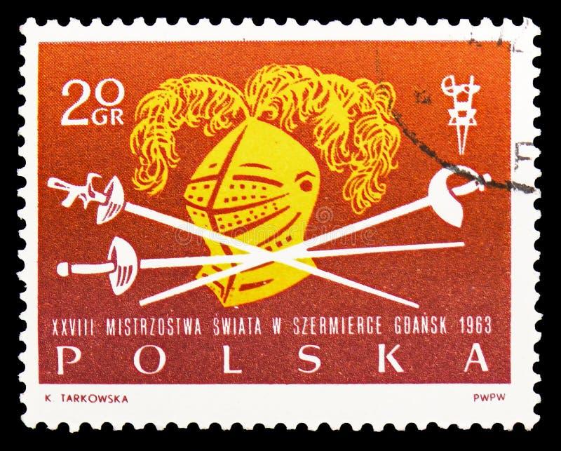 Φύλλο αλουμινίου, saber, ξίφος και κράνος, 28α πρωταθλήματα παγκόσμιας περίφραξης serie, circa 1963 στοκ εικόνες