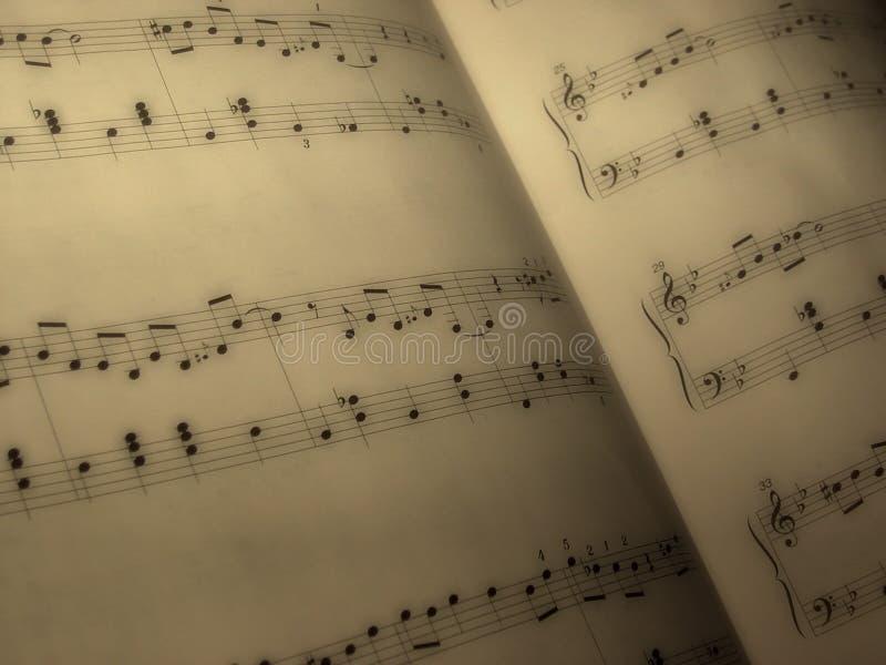 Download φύλλο μουσικής στοκ εικόνα. εικόνα από σημειώσεις, μουσικός - 54187