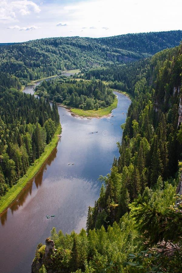 Φύση Ural στον ποταμό, άκρη Perm στοκ φωτογραφίες
