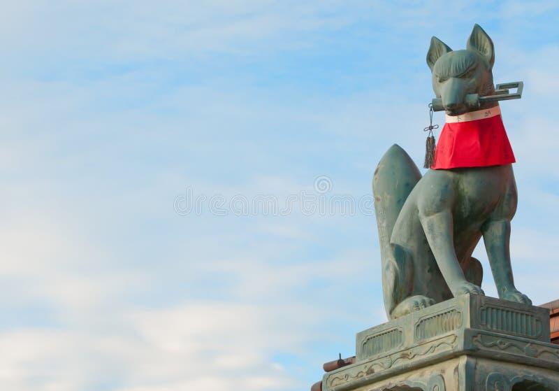 Φύλακας της λάρνακας Fushimi Inari Taisha στοκ φωτογραφία με δικαίωμα ελεύθερης χρήσης