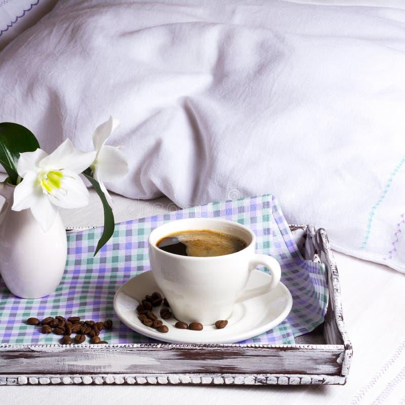 Φλυτζάνι του ισχυρού τετραγώνου καφέ στοκ εικόνες