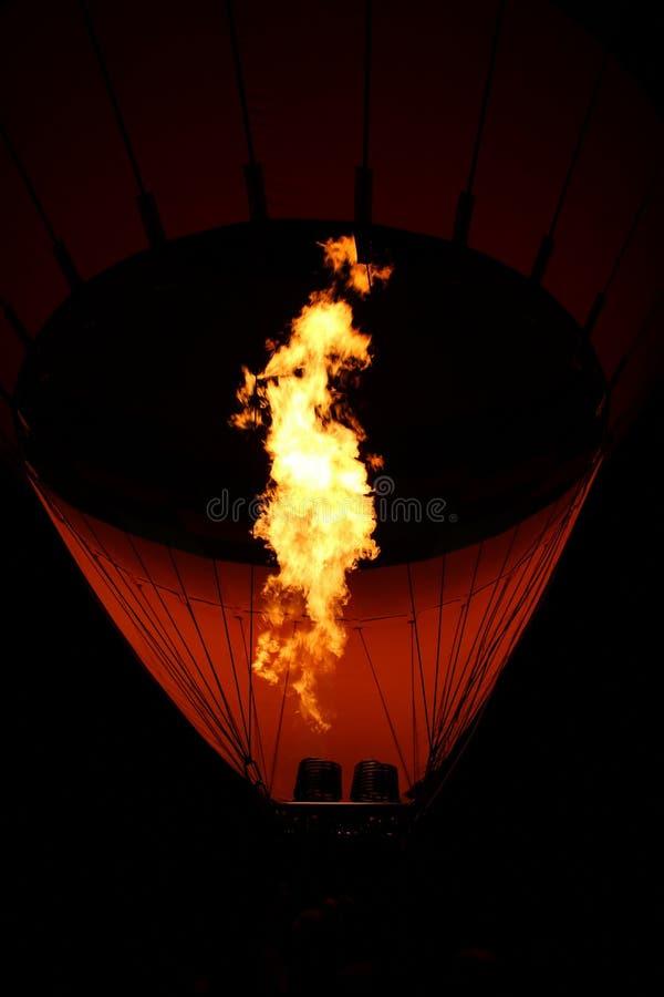 Φλόγες καυστήρων μπαλονιών ζεστού αέρα στοκ εικόνες