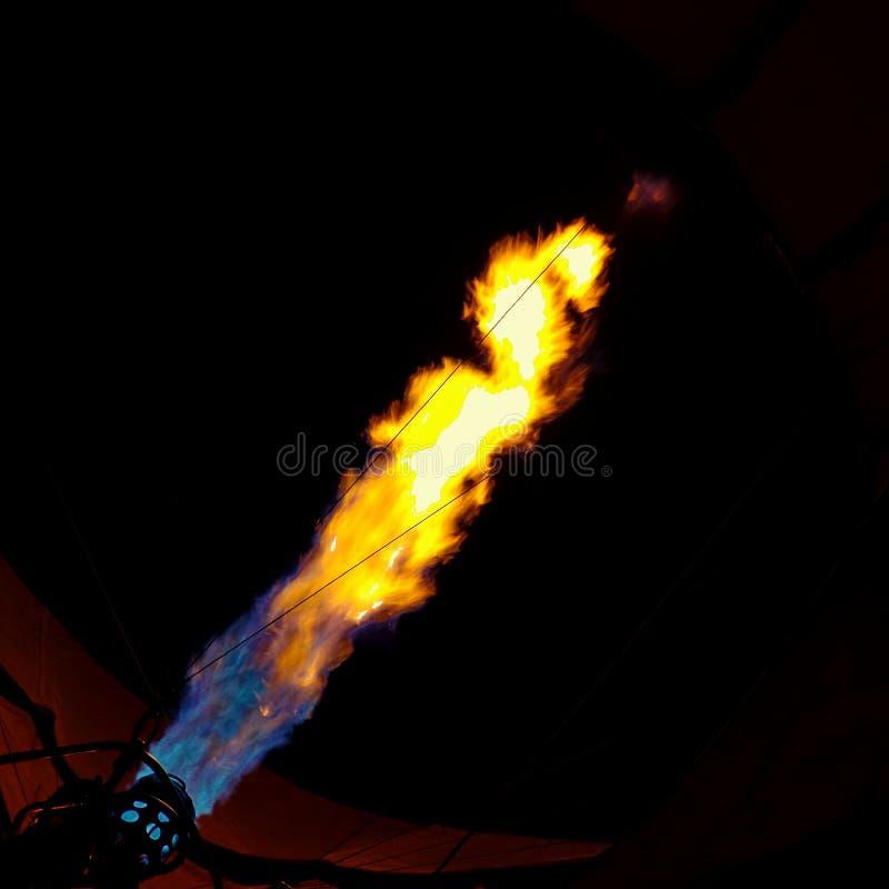 Φλόγες 2 μπαλονιών ζεστού αέρα στοκ φωτογραφία με δικαίωμα ελεύθερης χρήσης