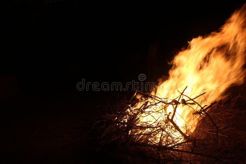 Φλόγες πυρών προσκόπων στοκ εικόνες
