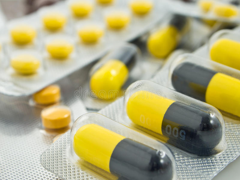 χάπια πακέτων στοκ εικόνα με δικαίωμα ελεύθερης χρήσης