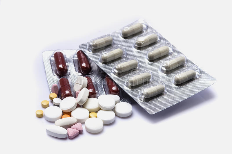 Χάπια στη συσκευασία φουσκαλών αλουμινίου στοκ εικόνες με δικαίωμα ελεύθερης χρήσης