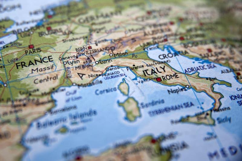 Χάρτης της Ευρώπης με την εστίαση στην Ιταλία