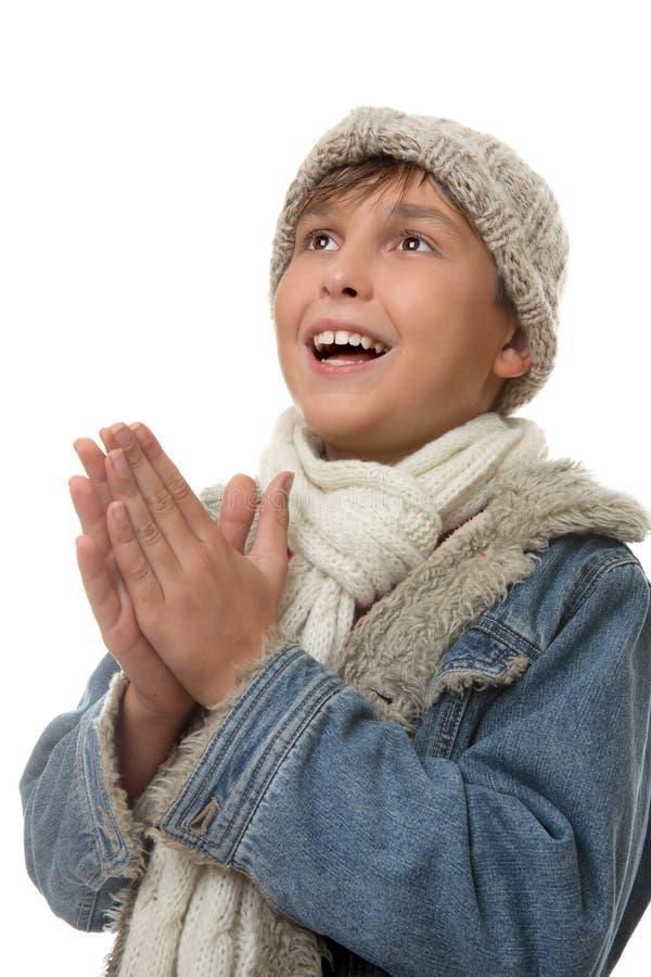 χέρια αγοριών που ανατρέχ&omicron στοκ φωτογραφία με δικαίωμα ελεύθερης χρήσης