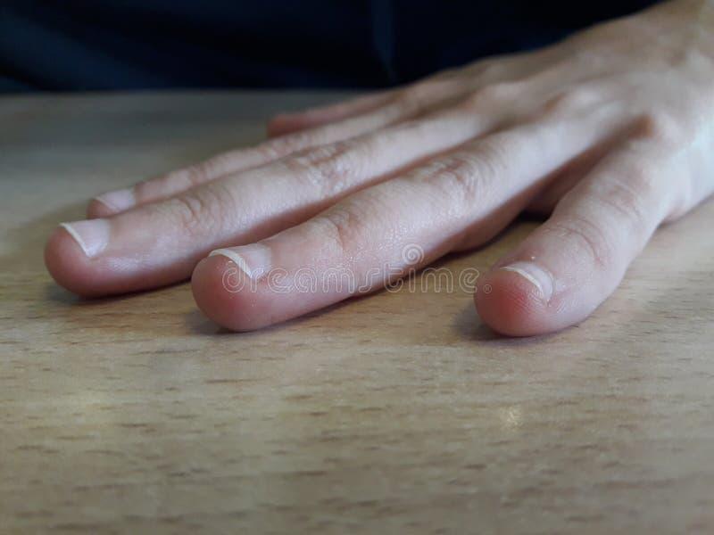 Χέρια εργασίας στοκ φωτογραφία με δικαίωμα ελεύθερης χρήσης