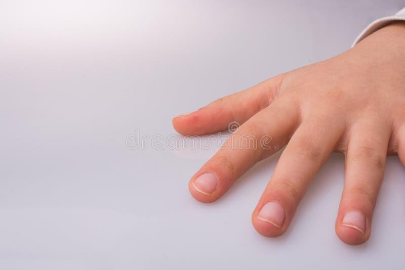 Χέρι ανοικτό για μια χειρονομία στοκ εικόνα