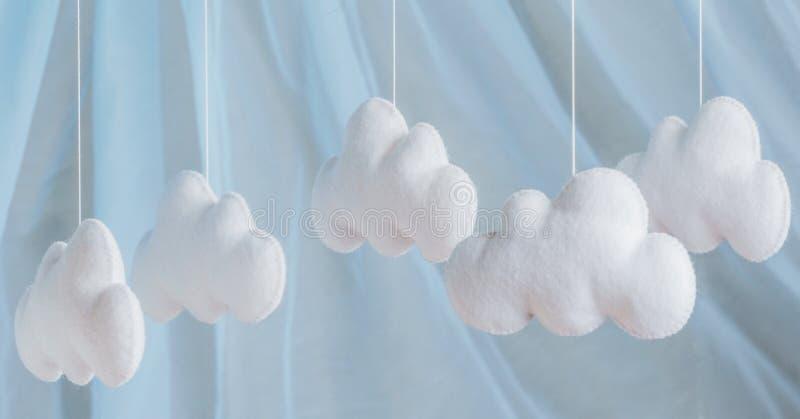 Χέρι - γίνοντα αισθητά παιχνίδια Αφηρημένος ουρανός από αισθητός στοκ εικόνες