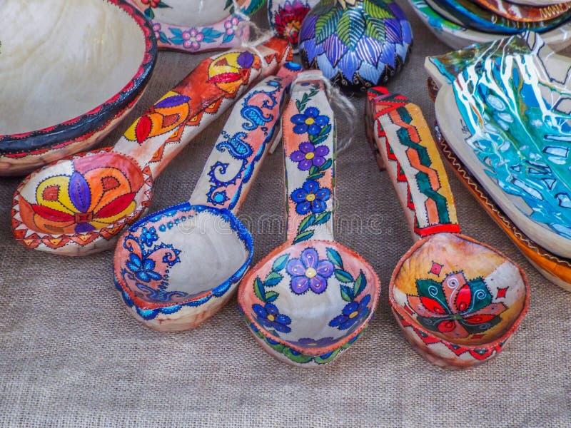 Χέρι - γίνοντα ρουμανικό αντικείμενο στην παραδοσιακή έκθεση φθινοπώρου στοκ εικόνα
