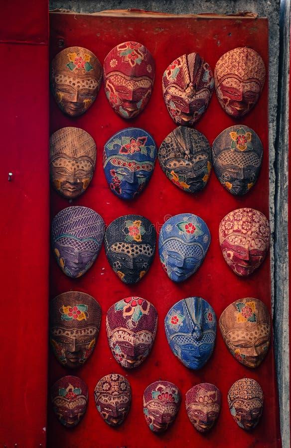 Χέρι - γίνοντη μάσκα μπατίκ από την Ιάβα Ινδονησία στοκ εικόνες