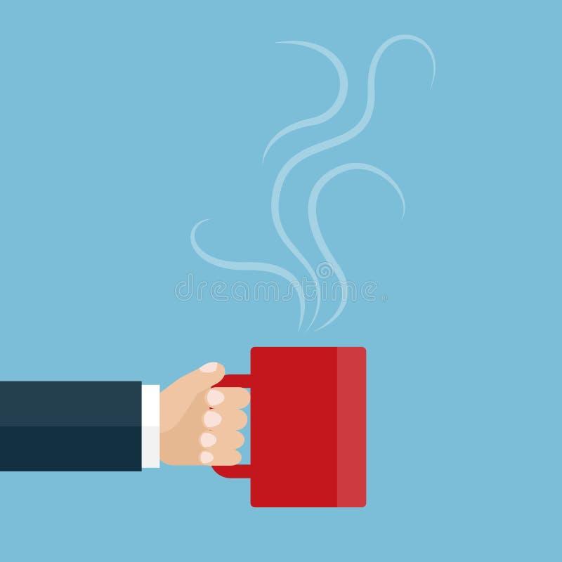 Χέρι που κρατά ένα κόκκινο φλυτζάνι του τσαγιού ή του καφέ ελεύθερη απεικόνιση δικαιώματος