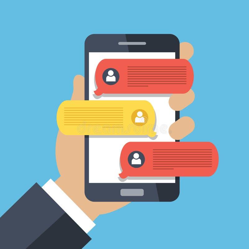 Χέρι που κρατά το έξυπνο τηλέφωνο και που κουβεντιάζει τις ομιλίες φυσαλίδων Κινητό τηλέφωνο με τις ανακοινώσεις μηνυμάτων συνομι απεικόνιση αποθεμάτων