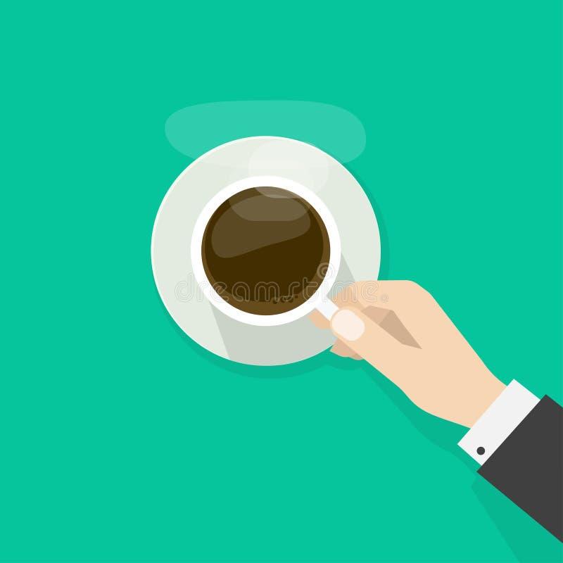 Χέρι που κρατά το καυτό φλυτζάνι καφέ με τον ατμό στο πιάτο ελεύθερη απεικόνιση δικαιώματος