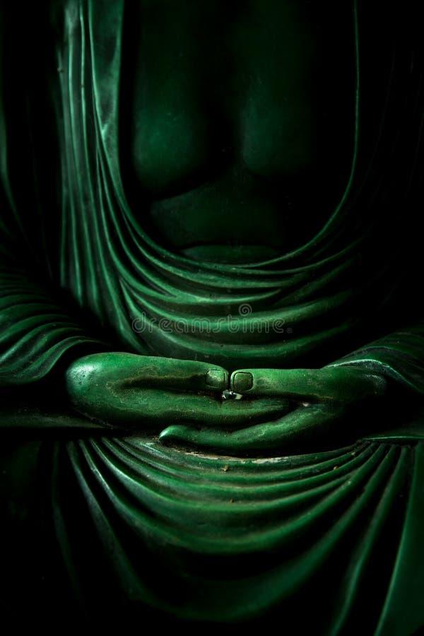 Χέρι του σημαδιού περισυλλογής του Βούδα ειρηνικού της ασιατικής θρησκείας βουδισμού στοκ φωτογραφία με δικαίωμα ελεύθερης χρήσης