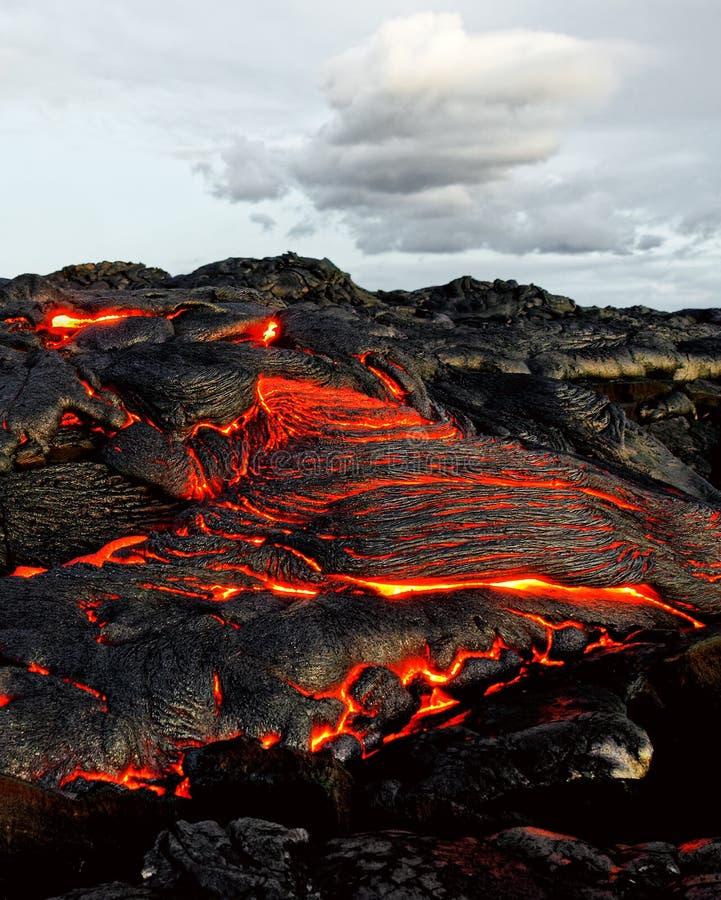 Χαβάη - η λάβα προκύπτει από μια στήλη της γης στοκ φωτογραφίες με δικαίωμα ελεύθερης χρήσης