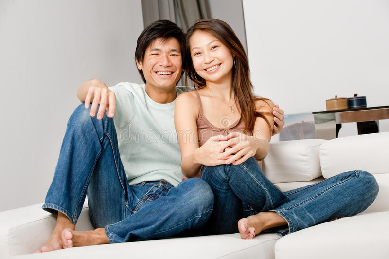 Χαλάρωση ζεύγους στοκ φωτογραφίες με δικαίωμα ελεύθερης χρήσης