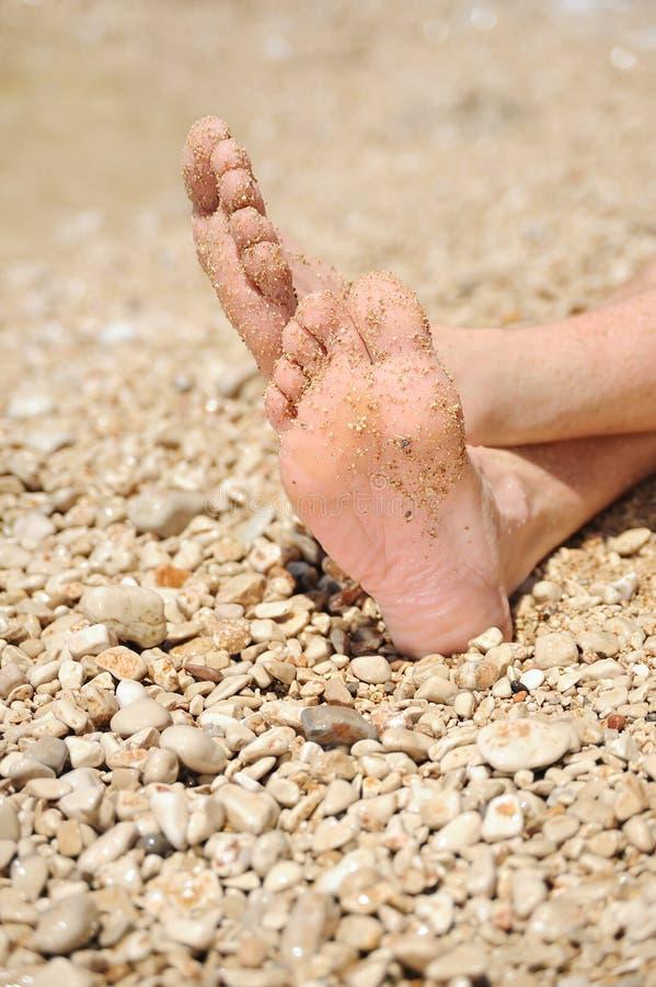 Χαλάρωση στην παραλία στοκ φωτογραφίες με δικαίωμα ελεύθερης χρήσης