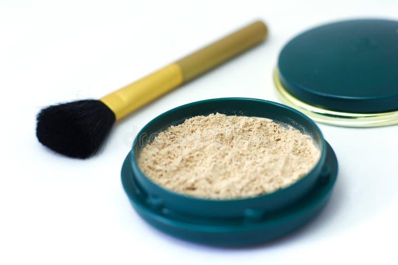 Download χαλαρή σκόνη στοκ εικόνες. εικόνα από brunhilda, θηλυκός - 390312