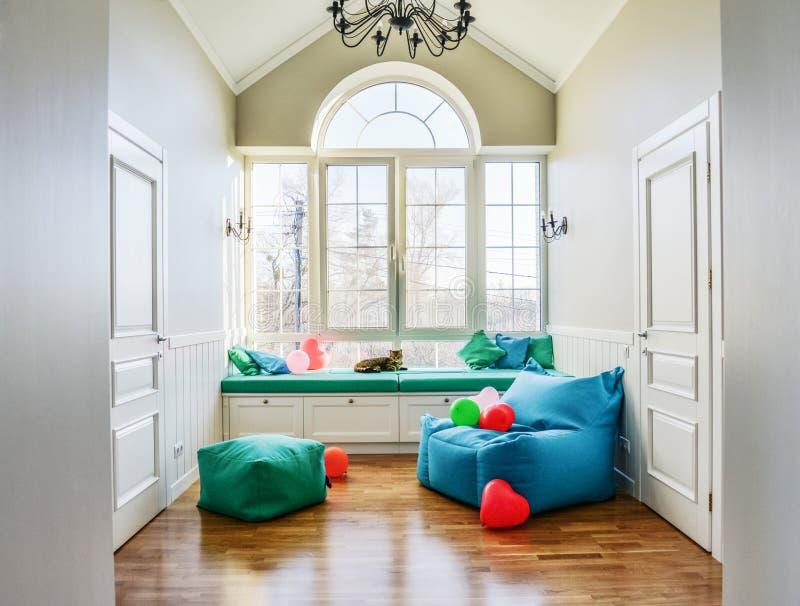 Χαλαρώστε τη ζώνη στο σπίτι privat στοκ εικόνες