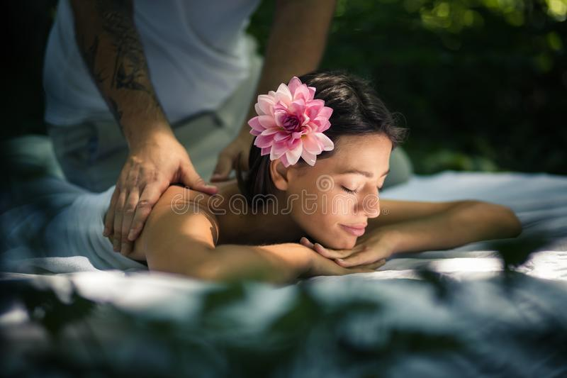 Χαλαρώστε το σώμα σας και το μυαλό σας στοκ εικόνες με δικαίωμα ελεύθερης χρήσης