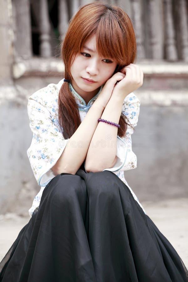 χαμένη κορίτσι σκέψη στοκ εικόνα