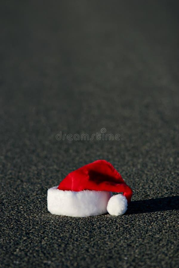 Download χαμένο καπέλο santa του s στοκ εικόνες. εικόνα από μαύρα - 392168