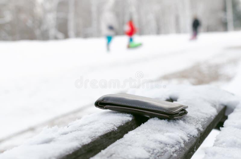 χαμένο πορτοφόλι στοκ φωτογραφίες
