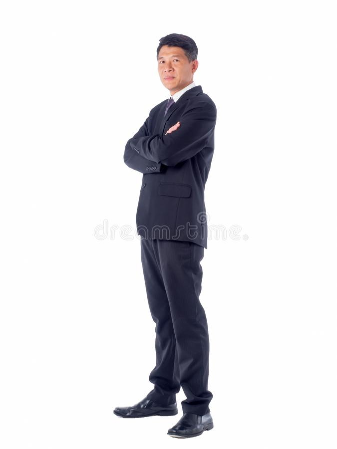 Χαμογελώντας επιχειρηματίας που δείχνει το άσπρο υπόβαθρο που απομονώνεται με στοκ φωτογραφίες