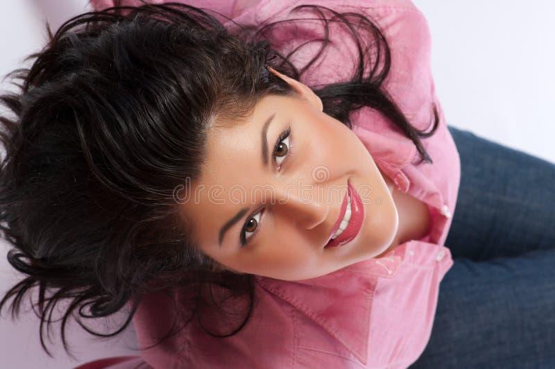 Download χαμογελώντας νεολαίες στοκ εικόνες. εικόνα από closeup - 17051146