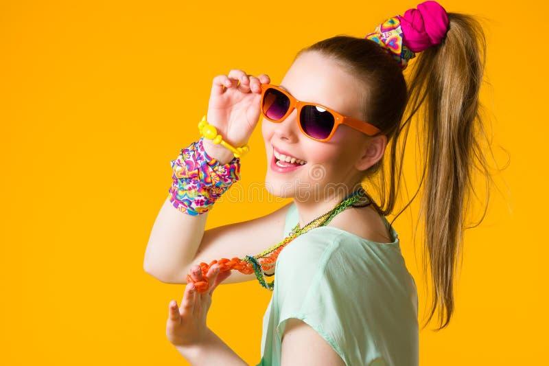 Χαμογελώντας κορίτσι στοκ εικόνες