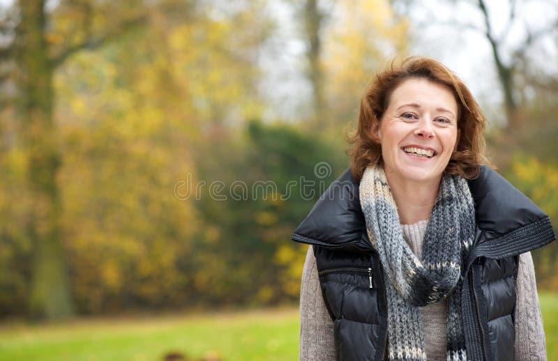 Χαμόγελο το Νοέμβριο στοκ φωτογραφία