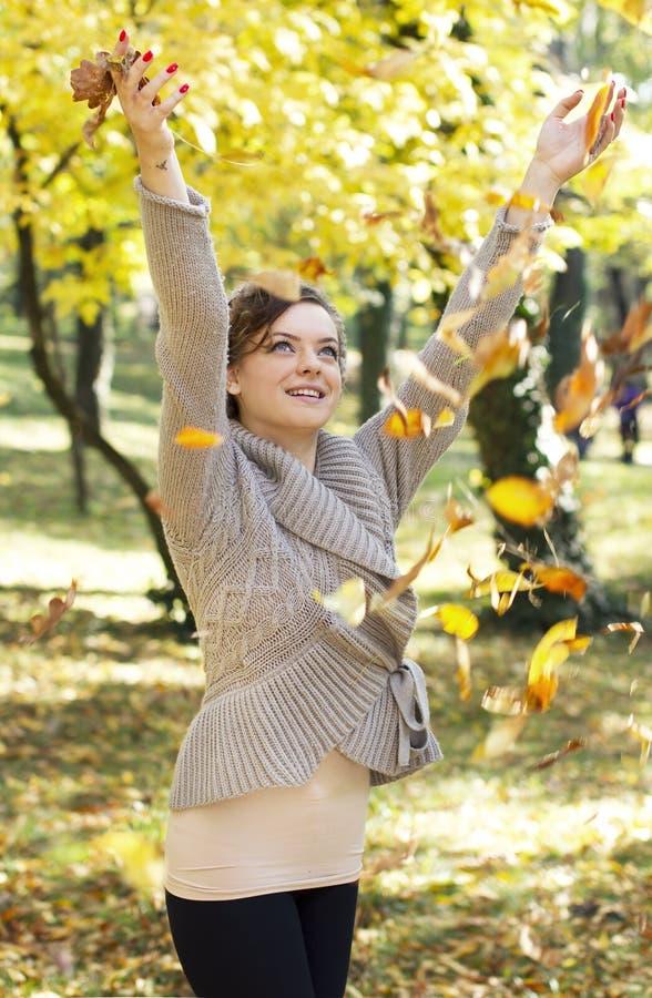 Χαρά φθινοπώρου στοκ φωτογραφία με δικαίωμα ελεύθερης χρήσης