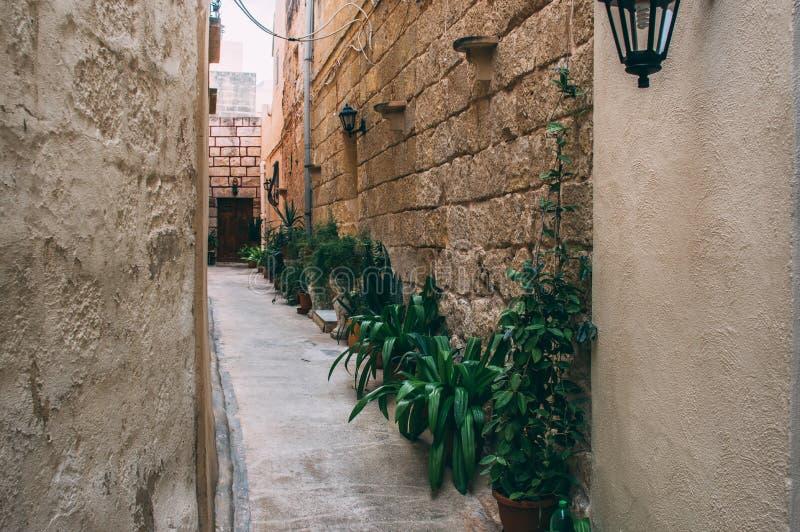 Χαρακτηριστική άποψη οδών στη Μάλτα στοκ εικόνες με δικαίωμα ελεύθερης χρήσης