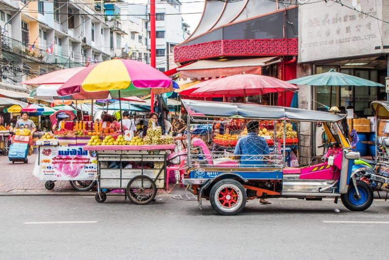 Χαρακτηριστικός στο δρόμο Yaowarat στοκ εικόνα