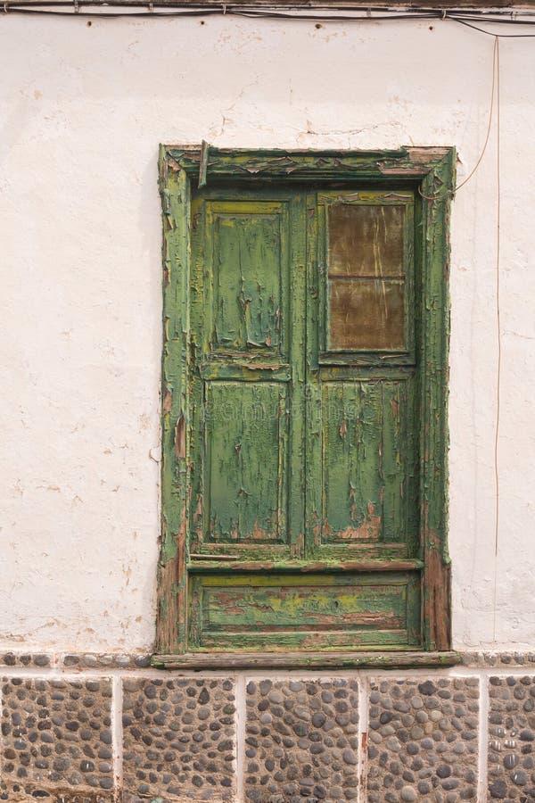 Χαρακτηριστικό πράσινο χρώμα της πόρτας, Tenerife, Ισπανία στοκ φωτογραφία με δικαίωμα ελεύθερης χρήσης