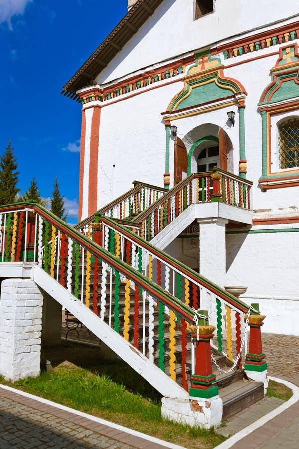 Χαρασμένα σκαλοπάτια στην εκκλησία σε Kolomna Κρεμλίνο - την περιοχή της Μόσχας - Rus στοκ εικόνες