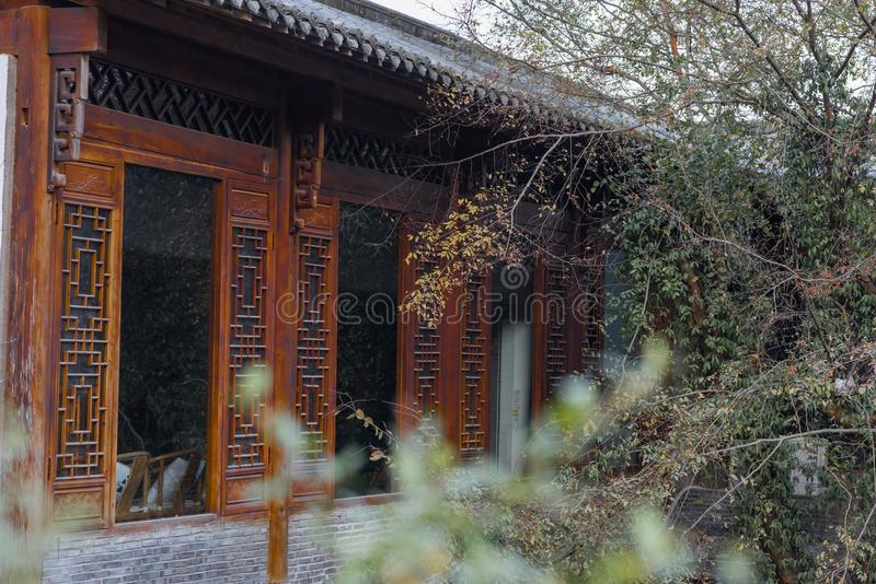 Χαρασμένο ξύλο παράθυρο στοκ φωτογραφίες με δικαίωμα ελεύθερης χρήσης