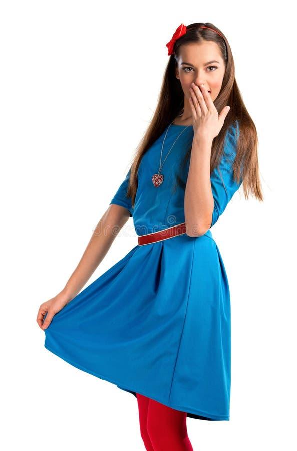 Χαριτωμένη νέα γυναίκα στο μπλε φόρεμα στοκ φωτογραφίες με δικαίωμα ελεύθερης χρήσης