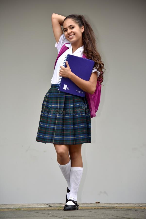 Χαριτωμένος καθολικός κολομβιανός σπουδαστής κοριτσιών στοκ εικόνες