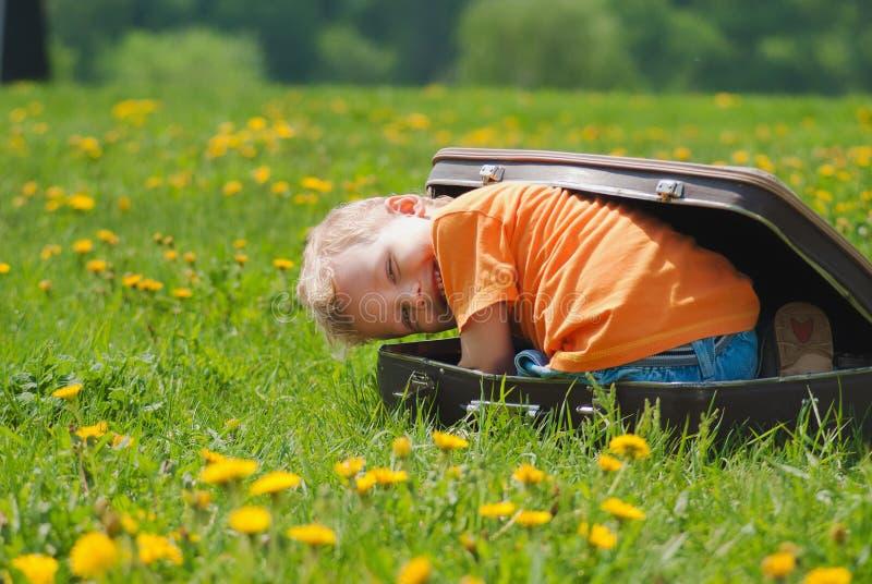 Χαριτωμένος λίγο αστείο παιδί στοκ φωτογραφίες με δικαίωμα ελεύθερης χρήσης