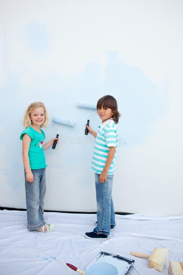 χαριτωμένος τοίχος αμφιθ& στοκ εικόνες