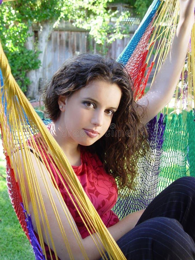 Download χαριτωμένο κορίτσι στοκ εικόνες. εικόνα από διαβίωση, αιώρα - 64332