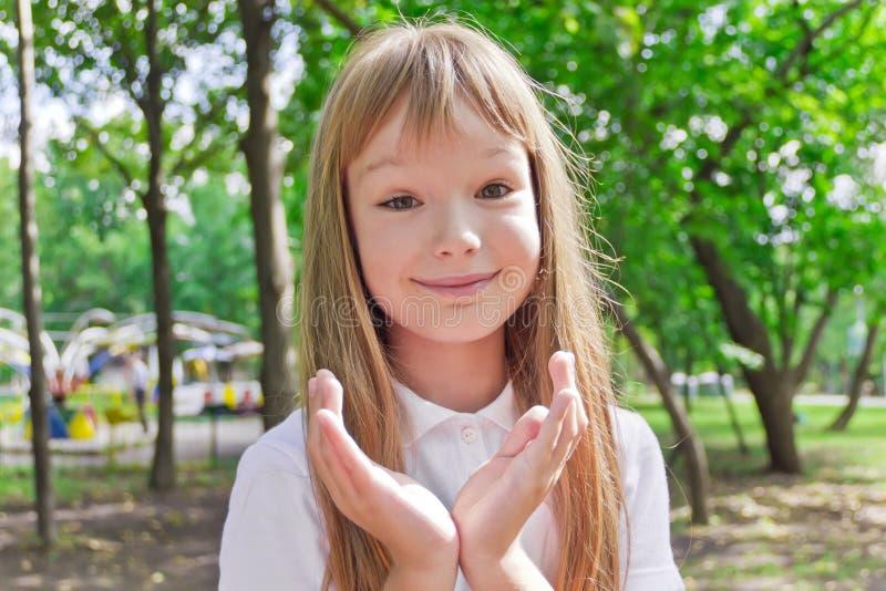 χαριτωμένο κορίτσι στοκ εικόνα