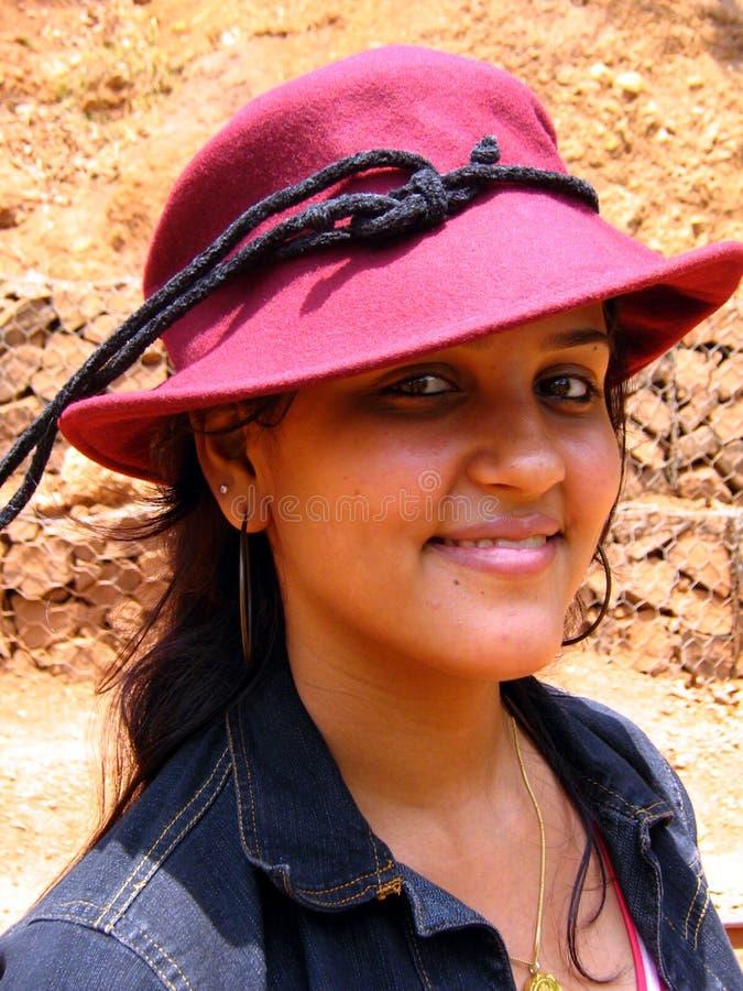 χαριτωμένο κόκκινο καπέλω στοκ εικόνες με δικαίωμα ελεύθερης χρήσης
